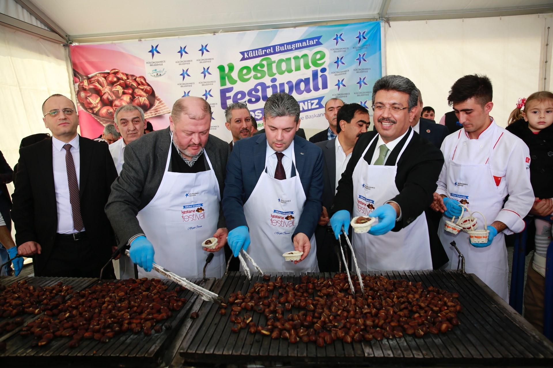 FESTİVALDE 2 TON KESTANE İKRAM EDİLDİ